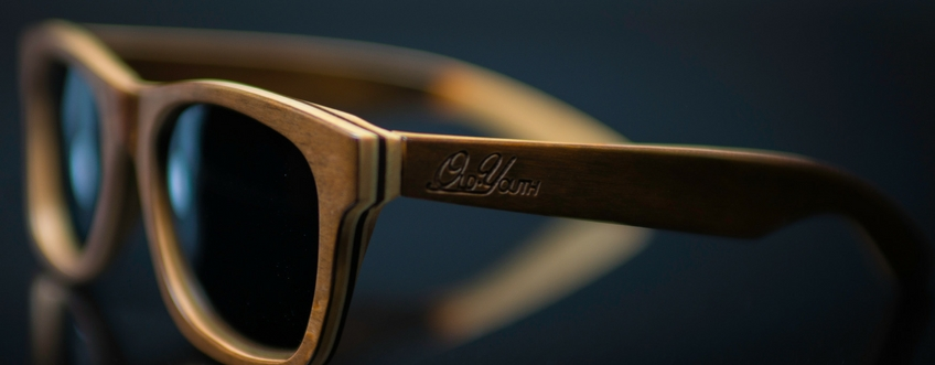 Sloth worker skateboard wood sunglasses